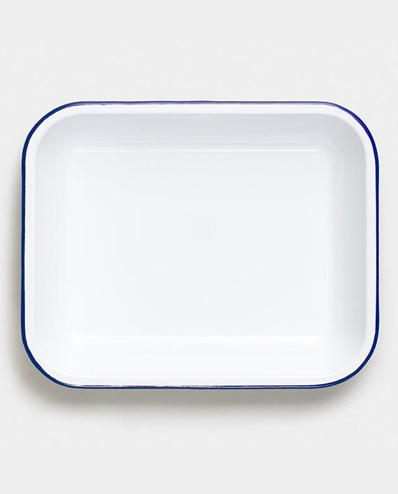 falcon-bake_set-original_white_blue-above_1x37-rgb_2381424f-0024-42ae-b649-526cd2b113ab_2400x